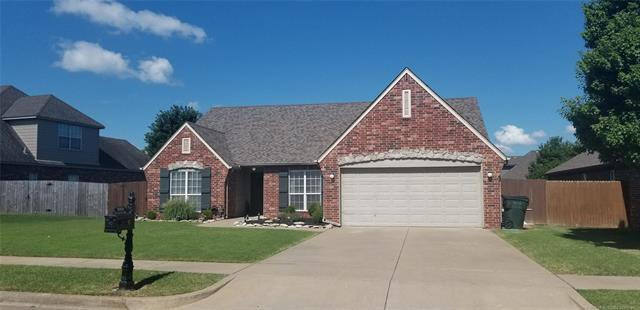 10202 N 115th East Avenue, Owasso, OK 74055 (MLS #1925501) :: 918HomeTeam - KW Realty Preferred