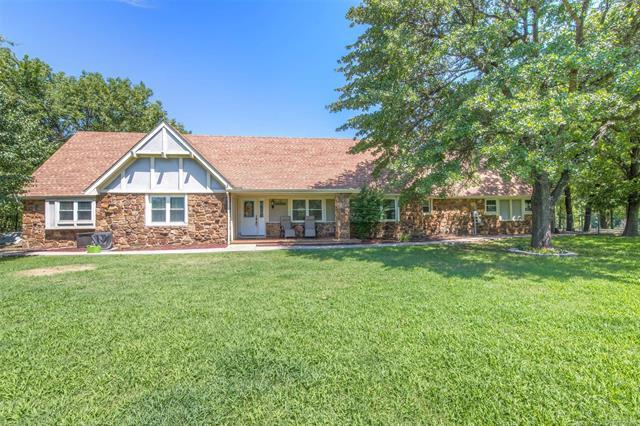 8432 S 54th West Avenue, Tulsa, OK 74131 (MLS #1925568) :: Hopper Group at RE/MAX Results