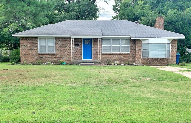 1111 S 14th Street, Mcalester, OK 74501 (MLS #1925746) :: Hopper Group at RE/MAX Results