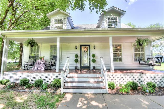 20727 S Lewis Avenue, Mounds, OK 74047 (MLS #1926286) :: Hopper Group at RE/MAX Results