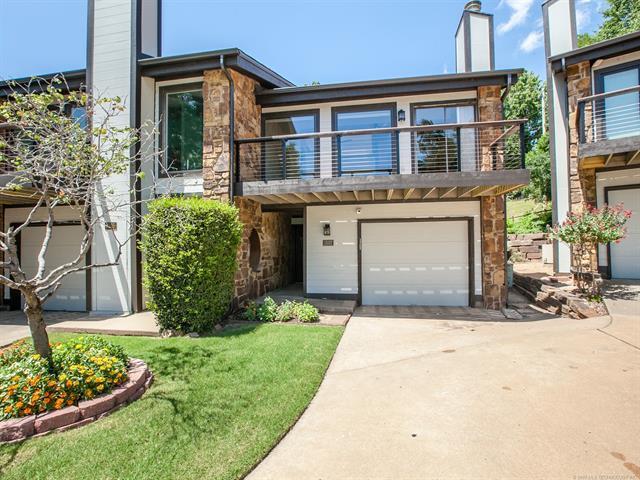 1507 Riverside Drive #1507, Tulsa, OK 74119 (MLS #1926329) :: 918HomeTeam - KW Realty Preferred
