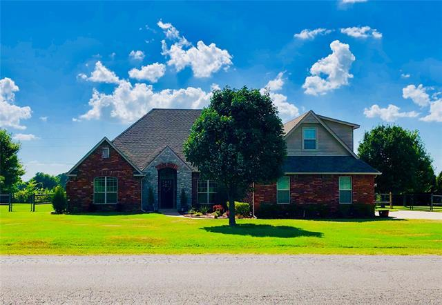 7808 N 181st East Avenue, Owasso, OK 74055 (MLS #1926545) :: Hopper Group at RE/MAX Results