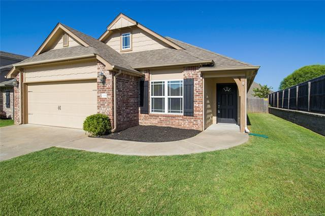 13318 S 21st Court, Bixby, OK 74008 (MLS #1926578) :: Hopper Group at RE/MAX Results