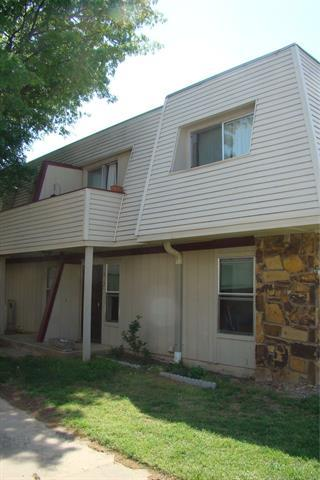 2211 E 66th Place #812, Tulsa, OK 74136 (MLS #1927160) :: Hopper Group at RE/MAX Results