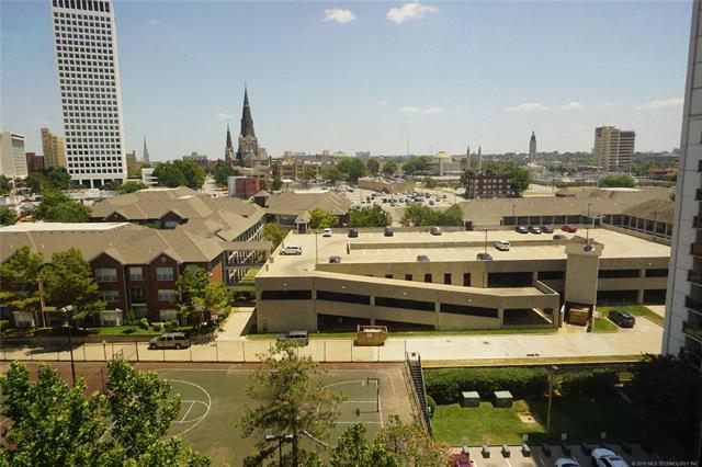 450 W 7th Street #1003, Tulsa, OK 74119 (MLS #1927523) :: 918HomeTeam - KW Realty Preferred