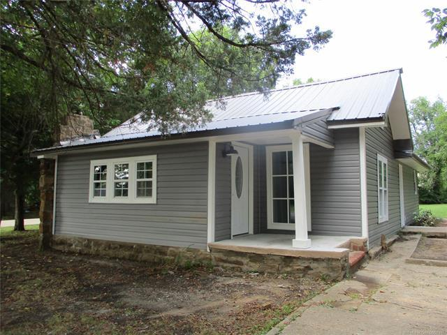 402 E 8th Street, Cushing, OK 74023 (MLS #1928433) :: Hopper Group at RE/MAX Results