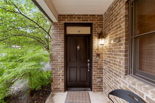 709 S Madison Place, Tulsa, OK 74120 (MLS #1928522) :: Hopper Group at RE/MAX Results