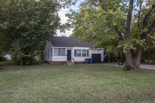 250 Mohawk Boulevard, Tulsa, OK 74106 (MLS #1928659) :: 918HomeTeam - KW Realty Preferred