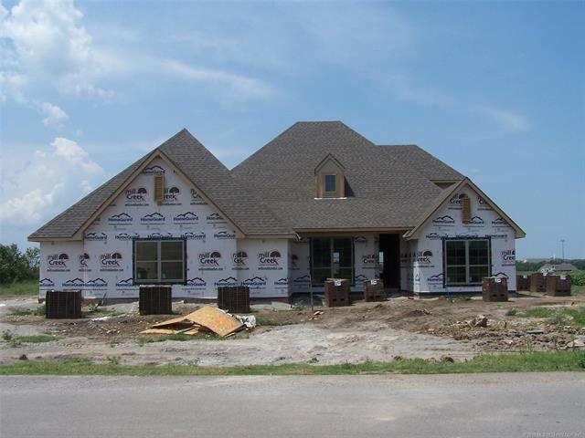 8104 N 154th East Avenue, Owasso, OK 74055 (MLS #1928764) :: Hopper Group at RE/MAX Results