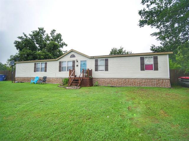 616 S Regan Avenue, Hominy, OK 74035 (MLS #1929182) :: Hopper Group at RE/MAX Results