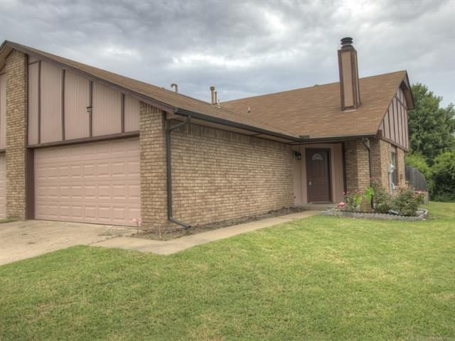 4723 S Ironwood Avenue, Broken Arrow, OK 74011 (MLS #1929714) :: Hopper Group at RE/MAX Results