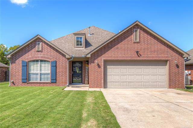 429 S 66th Avenue, Tulsa, OK 74115 (MLS #1932094) :: Hopper Group at RE/MAX Results