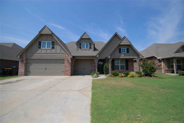 13742 S 90th Avenue, Bixby, OK 74008 (MLS #1933189) :: Hopper Group at RE/MAX Results