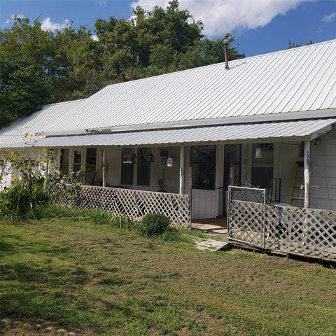 1031 W 141st Street, Glenpool, OK 74033 (MLS #1933231) :: 918HomeTeam - KW Realty Preferred