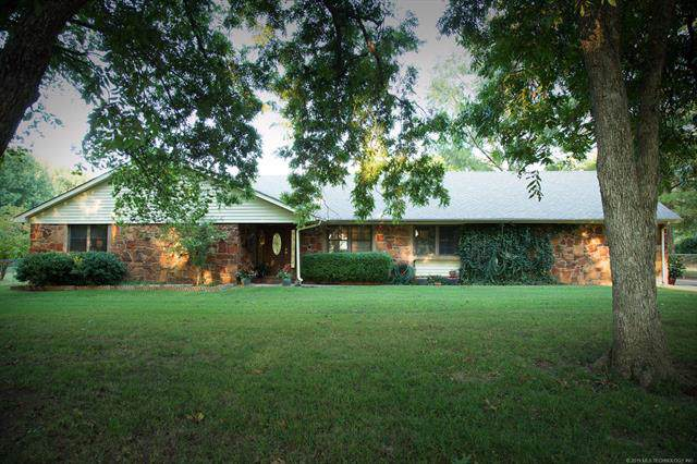11909 S Quanah Avenue, Jenks, OK 74037 (MLS #1933643) :: Hopper Group at RE/MAX Results