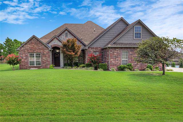 8467 N 67th East Avenue, Owasso, OK 74055 (MLS #1933697) :: Hopper Group at RE/MAX Results