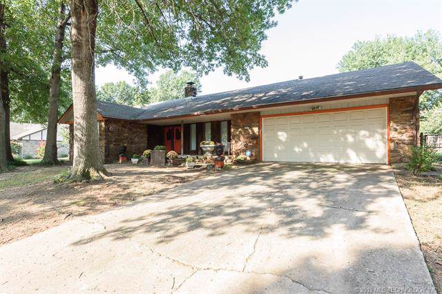 7400 S Redbud Avenue E, Broken Arrow, OK 74011 (MLS #1933989) :: Hopper Group at RE/MAX Results