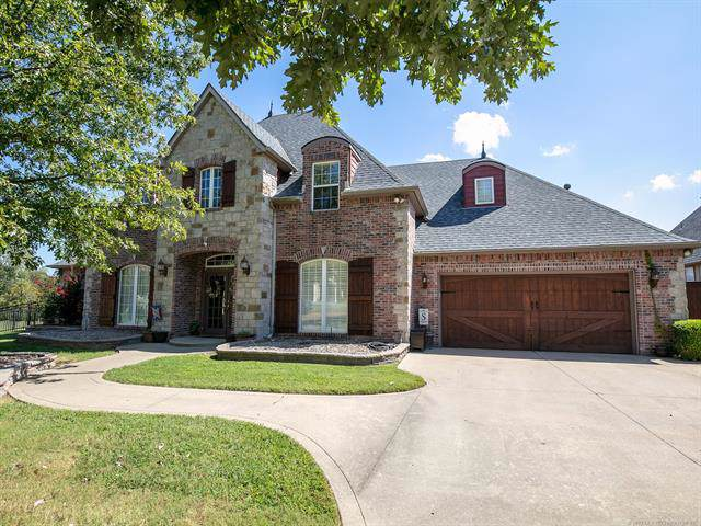 12113 S Ash Avenue, Jenks, OK 74037 (MLS #1934107) :: Hopper Group at RE/MAX Results