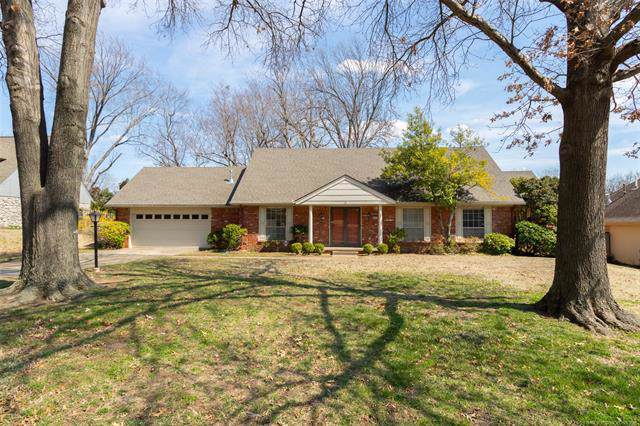 6923 S Knoxville Avenue, Tulsa, OK 74136 (MLS #1934507) :: Hopper Group at RE/MAX Results