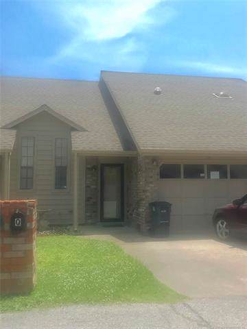 8148 E 17th Street Q, Tulsa, OK 74112 (MLS #1934514) :: Hopper Group at RE/MAX Results