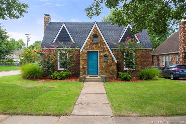 1301 S Atlanta Avenue, Tulsa, OK 74104 (MLS #1934567) :: Hopper Group at RE/MAX Results