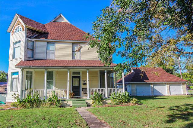 121 Broadway Avenue, Eufaula, OK 74432 (MLS #1934594) :: Hopper Group at RE/MAX Results