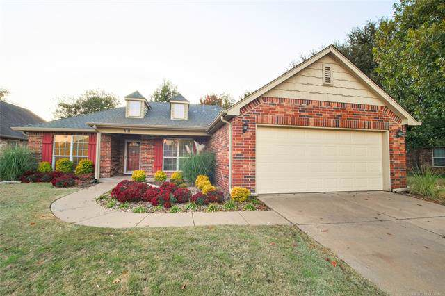 810 N Sycamore Place, Jenks, OK 74037 (MLS #1935362) :: Hopper Group at RE/MAX Results