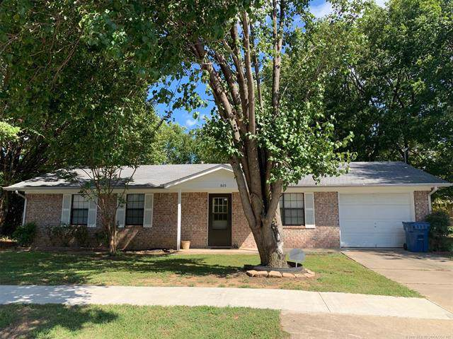 805 W Blair Avenue, Wilburton, OK 74578 (MLS #1935628) :: Hopper Group at RE/MAX Results
