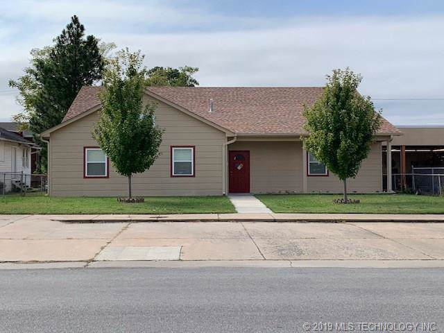 209 S Choctaw Avenue, Bartlesville, OK 74003 (MLS #1936400) :: Hopper Group at RE/MAX Results