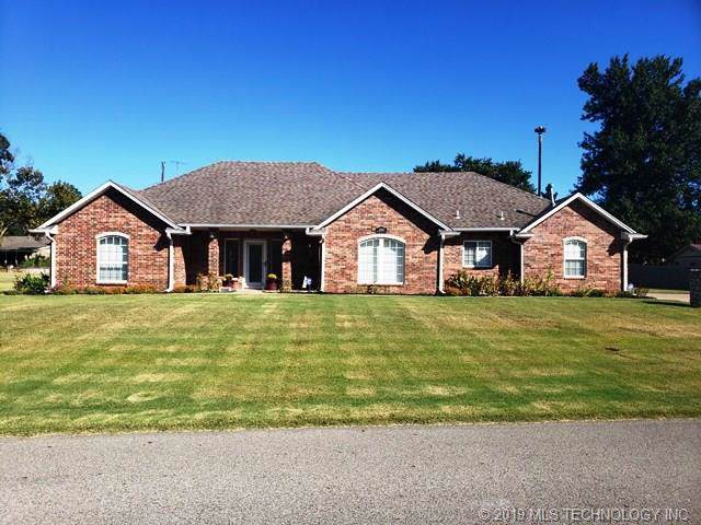 2100 Phelps Drive, Seminole, OK 74868 (MLS #1936527) :: Hopper Group at RE/MAX Results
