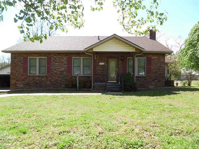 500 S Bartlesville Avenue, Drumright, OK 74030 (MLS #1936653) :: 918HomeTeam - KW Realty Preferred