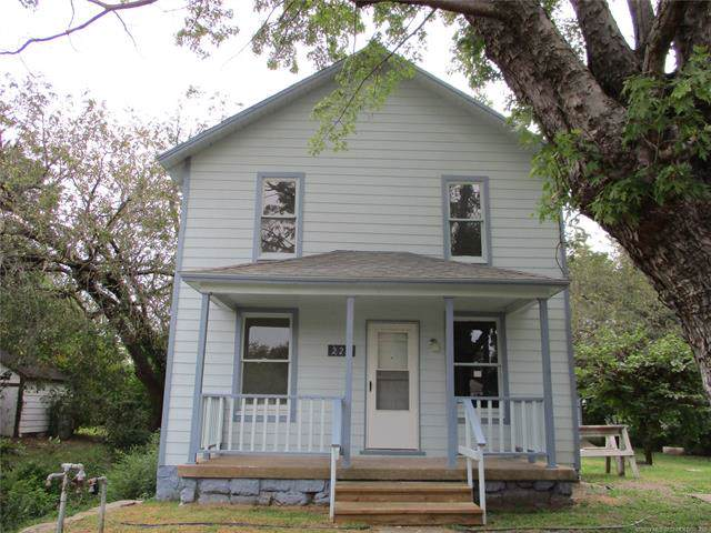 225 S Harrison Street, Cushing, OK 74023 (MLS #1936733) :: Hopper Group at RE/MAX Results