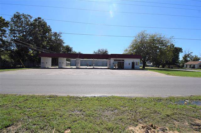 301 S Adair Street, Pryor, OK 74361 (MLS #1937053) :: Hopper Group at RE/MAX Results