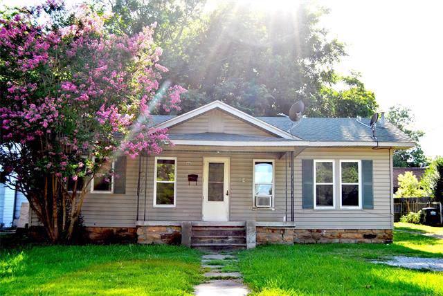 108 S Maple Avenue, Bristow, OK 74010 (MLS #1937636) :: 918HomeTeam - KW Realty Preferred