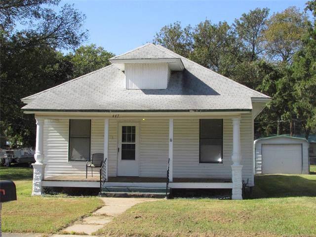 447 N Thompson Street, Vinita, OK 74301 (MLS #1937739) :: 918HomeTeam - KW Realty Preferred