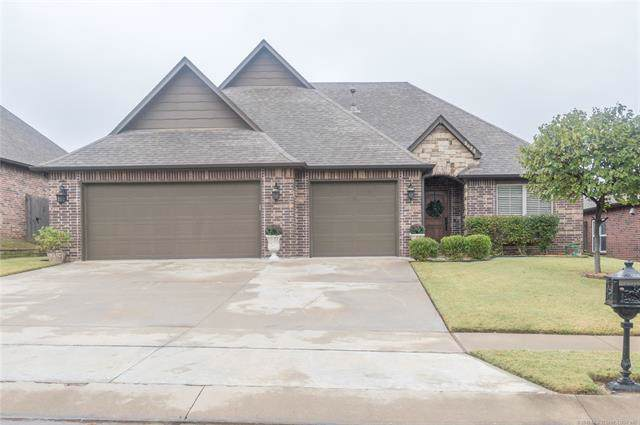 2622 S 14th Place, Broken Arrow, OK 74012 (MLS #1937836) :: 918HomeTeam - KW Realty Preferred