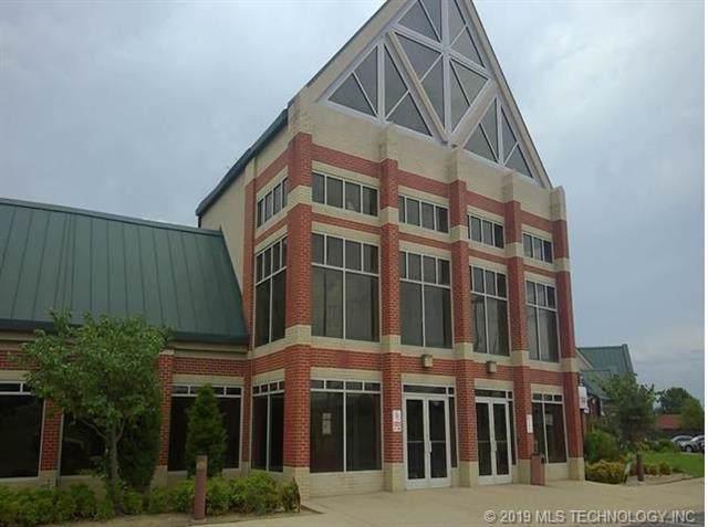 205 E Pine Street North, Tulsa, OK 74106 (MLS #1937887) :: 918HomeTeam - KW Realty Preferred