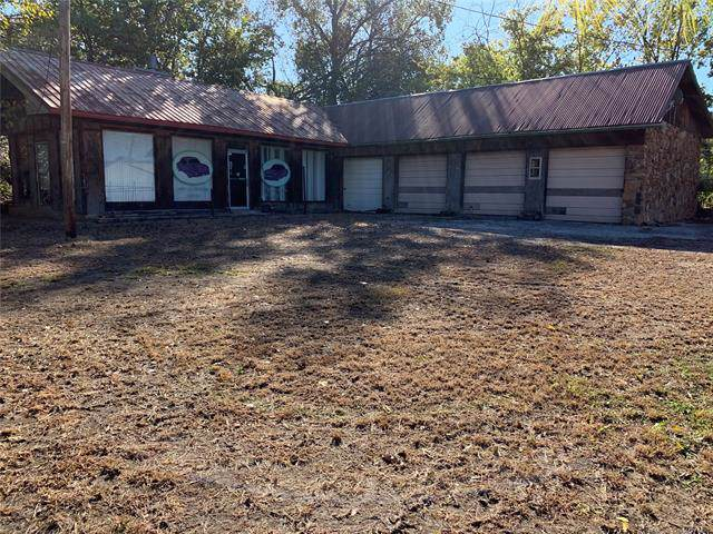903 S Sioux Street, Okmulgee, OK 74447 (MLS #1938159) :: Hopper Group at RE/MAX Results