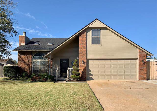 12401 E 77th Street North, Owasso, OK 74055 (MLS #1938181) :: Hopper Group at RE/MAX Results