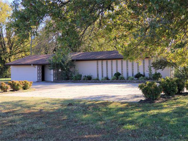 415 S Hwy 88 Highway, Claremore, OK 74017 (MLS #1939021) :: Hopper Group at RE/MAX Results