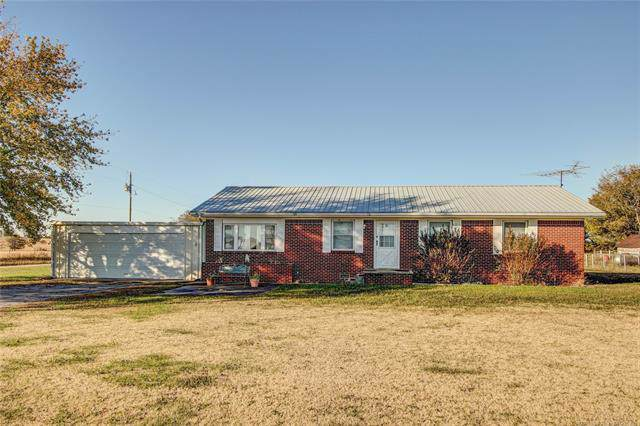 219 Rural Route 1 Road, Delaware, OK 74027 (MLS #1939548) :: Hopper Group at RE/MAX Results