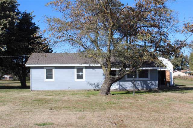 512 E 1st Street, Lenapah, OK 74042 (MLS #1939765) :: Hopper Group at RE/MAX Results