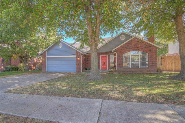 13793 S Nyssa Court, Glenpool, OK 74033 (MLS #1939986) :: 918HomeTeam - KW Realty Preferred