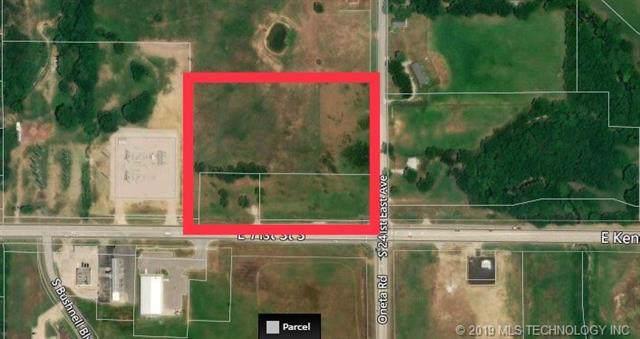 24001 E 71st Street, Broken Arrow, OK 74014 (MLS #1940086) :: Hopper Group at RE/MAX Results