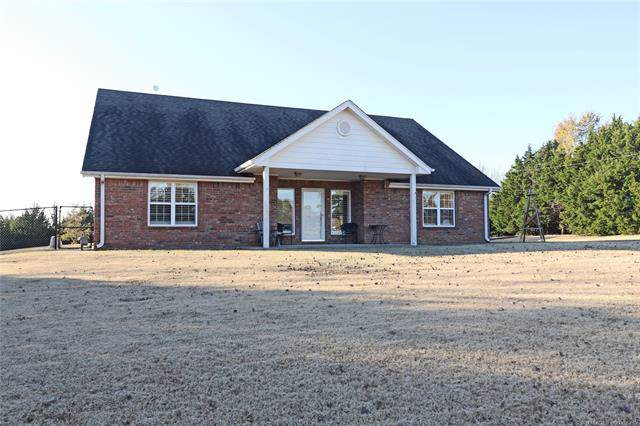 107 County Road 3004, Bartlesville, OK 74003 (MLS #1940189) :: Hopper Group at RE/MAX Results