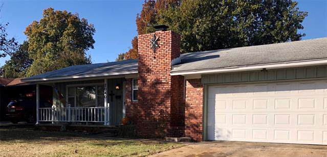 2040 S 74th East Avenue, Tulsa, OK 74112 (MLS #1940383) :: Hopper Group at RE/MAX Results
