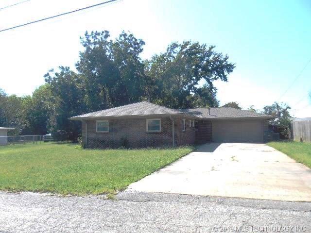 313 NE Morningside Avenue, Bartlesville, OK 74006 (MLS #1940992) :: Hopper Group at RE/MAX Results