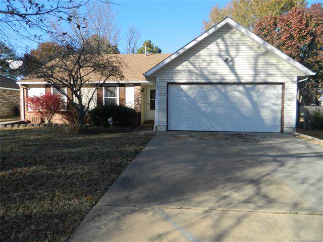 2404 Pin Oak Road, Muskogee, OK 74401 (MLS #1941067) :: 918HomeTeam - KW Realty Preferred