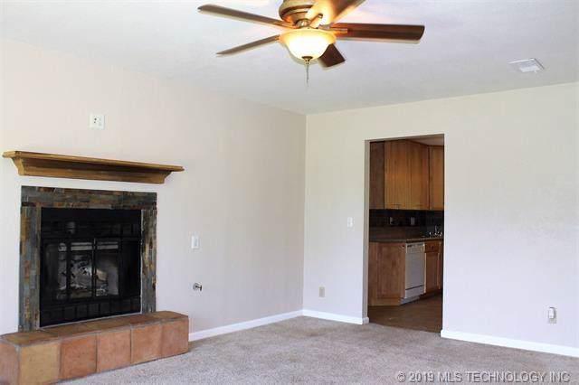 2780 E Meadowood Drive, Cleveland, OK 74020 (MLS #1941096) :: 918HomeTeam - KW Realty Preferred