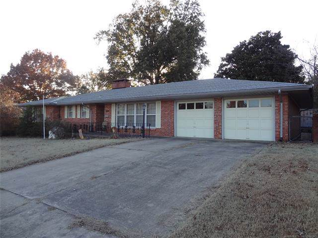 909 Honor Heights Drive, Muskogee, OK 74401 (MLS #1941104) :: Hopper Group at RE/MAX Results